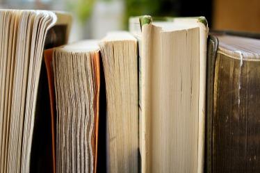 books-1850645_1920.jpg